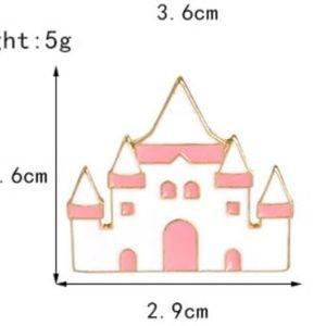 5/$24 Alice Wonderland Queen of Hearts Castle